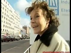 Mature gives public head & show pussy